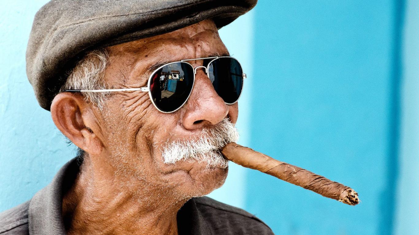 Завтра, смешные картинки с сигарой
