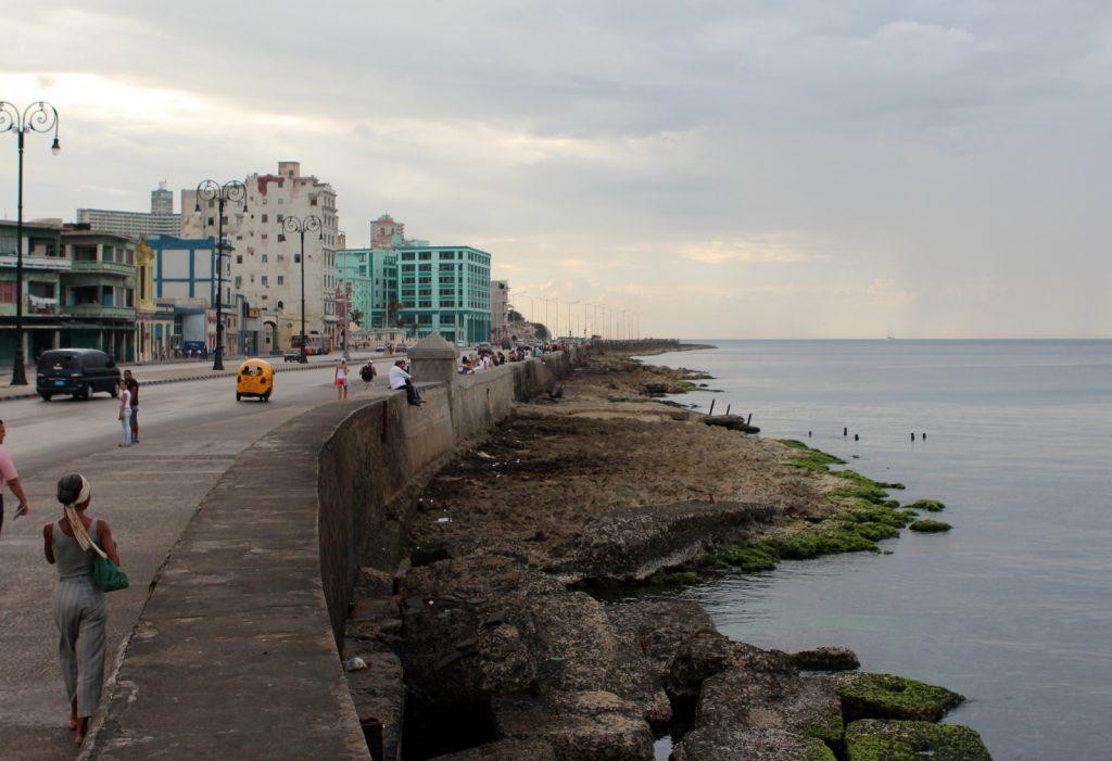 Набережная Малекон на Кубе