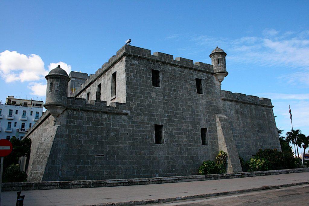 Крепость-порт в Гаване