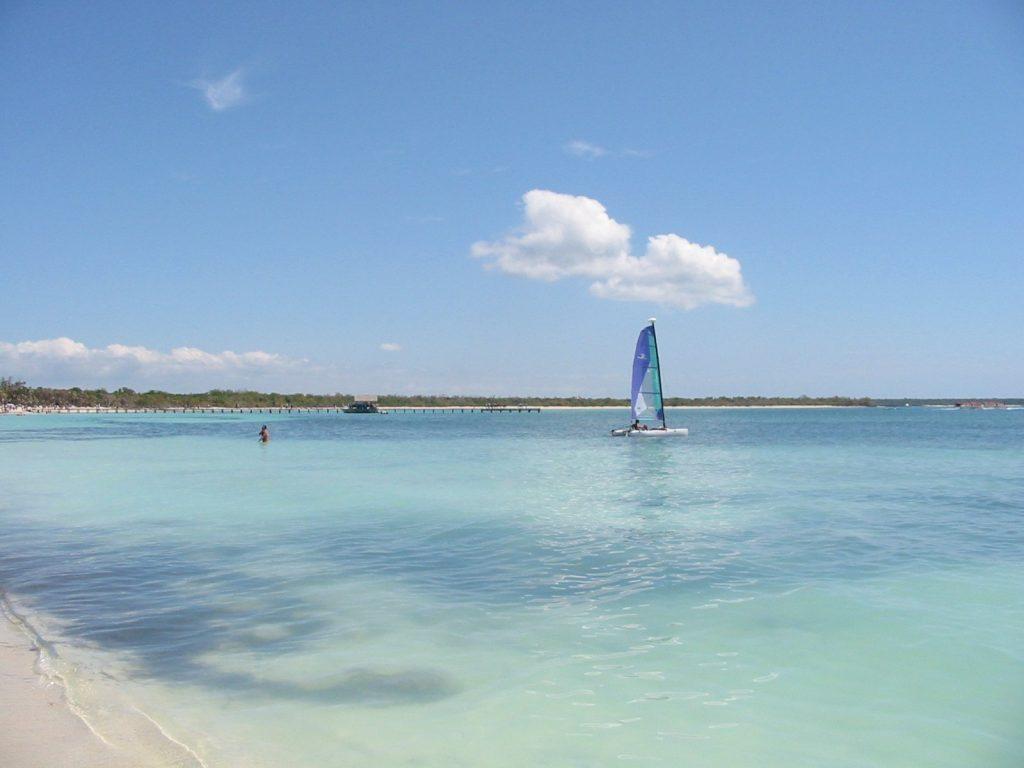 Остров Хувентвуд на Кубе